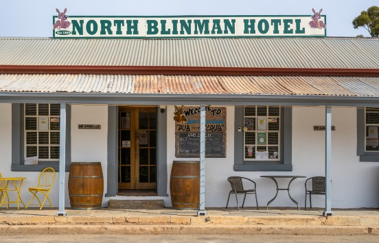 Blinman Hotel, heidi who photos, Flinders Ranges and Outback – South Australian Tourism Commission